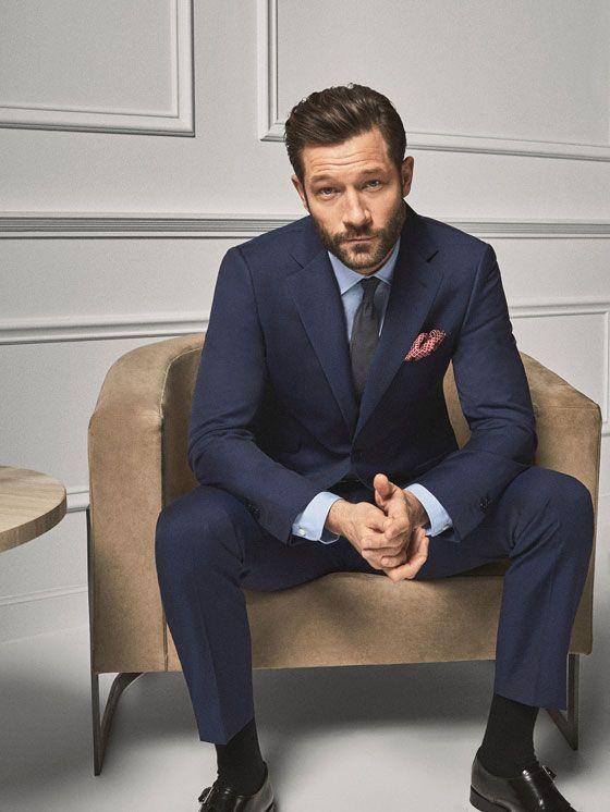 Errores de imagen en el trabajo - Los calcetines masculinos siempre serán largos
