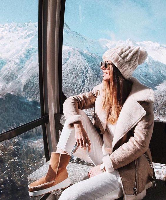 Los gorros de lana o sombreros estilo años 20 serán los más favorecedores para los rostros cuadrados y redondos